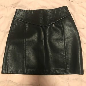 Zara Basic Collection faux leather mini skirt